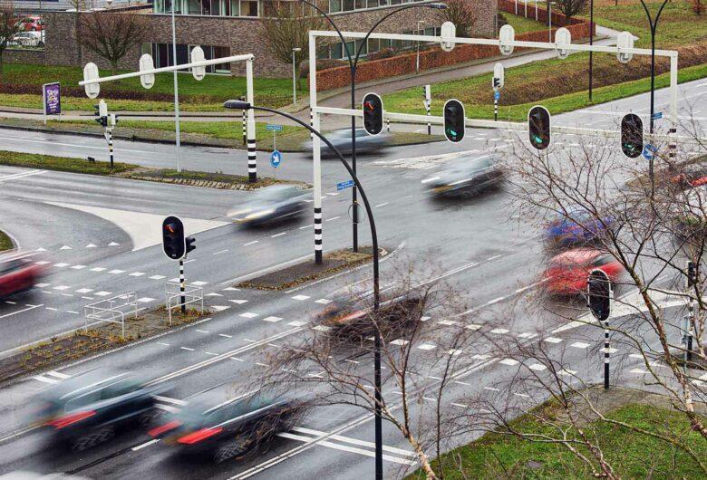 Verkeerslichten kruispunt ringweg Almelo