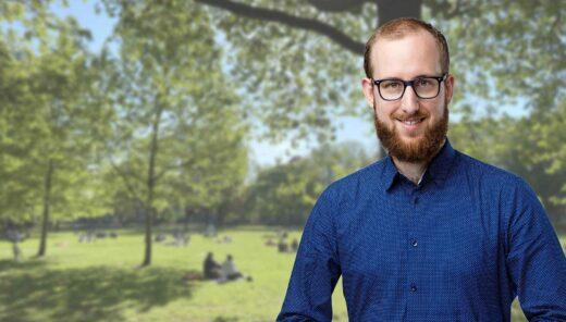 Joeri Meliefste voor park met mensen op picknick kleedjes