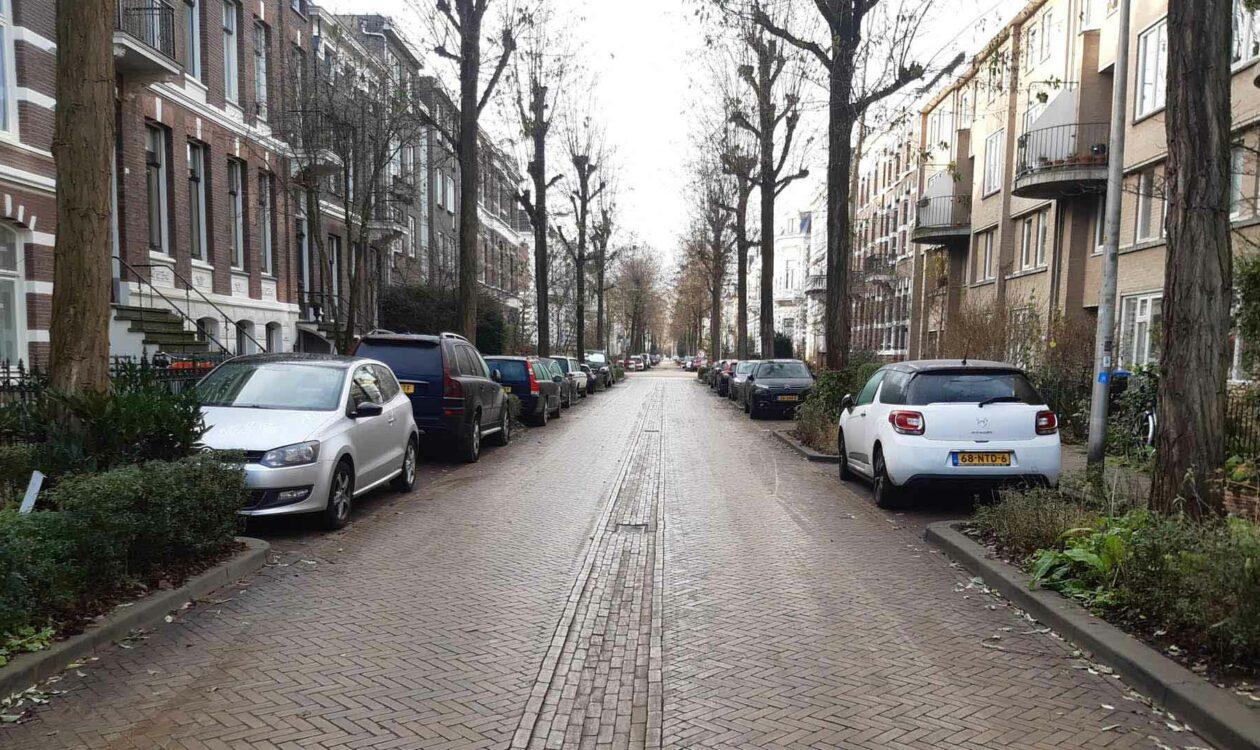 Ecopark. Slimme parkeerplaatsen in de stad.