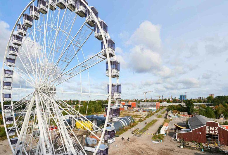 Reuzenrad in duurzaam gebied in Nederland