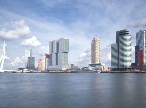 Hoogbouw aan de Maas in Rotterdam