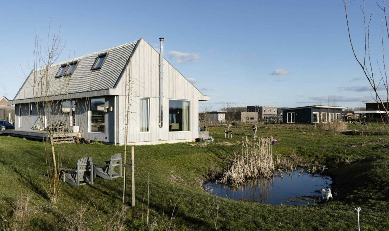 Off-grid woning in Oosterwold Almere